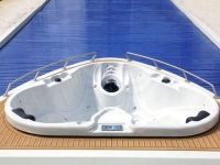 YACHT-POOL-2014-03-Rollo-Cover